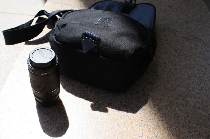Lens and bag